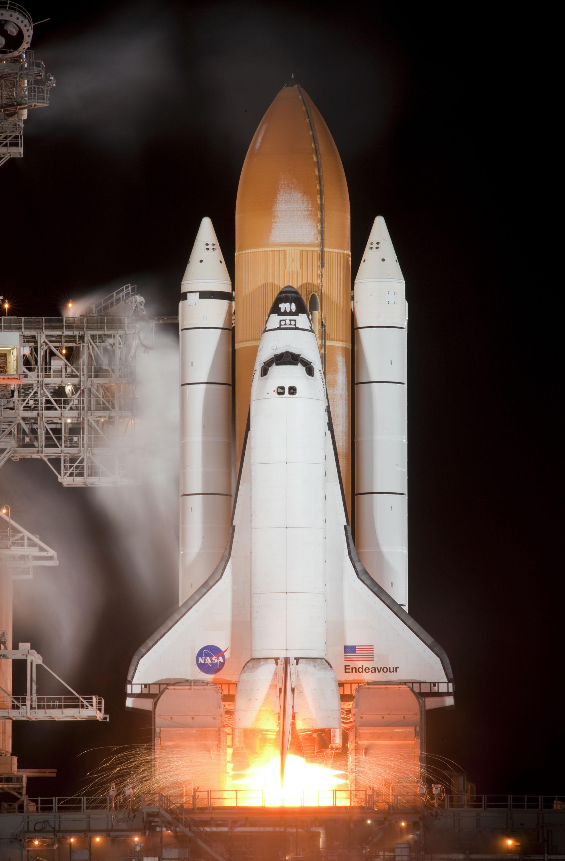astronaut on spaceship - photo #39