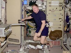 ISS01-E-5128 -- Expedition 1 Commander Bill Shepherd