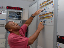 Lead Electronic Technician Robert Wright