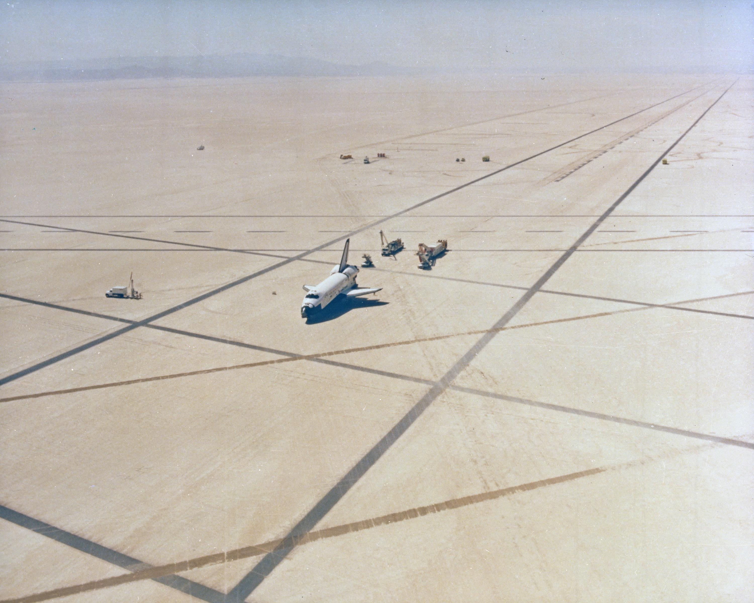 NASA Roster Of Runways Ready To Bring A Shuttle Home - Edwards afb map