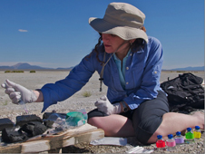 Felisa Wolfe-Simon processing mud from Mono Lake to inoculate media to grow microbes on arsenic