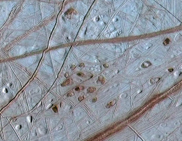 Ruddy 'Freckles' on Europa