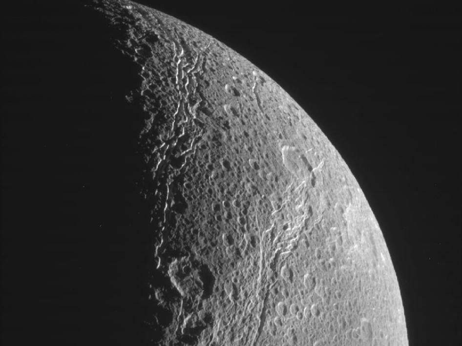 Raw image of Saturn's moon Dione