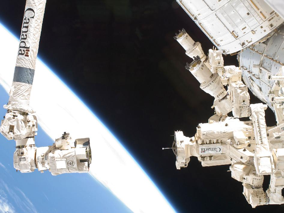 Dextre and Canadarm2