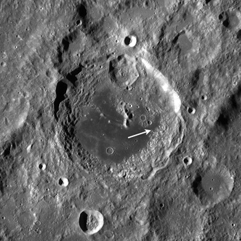 Location of wrinkle ridges within Aitken crater