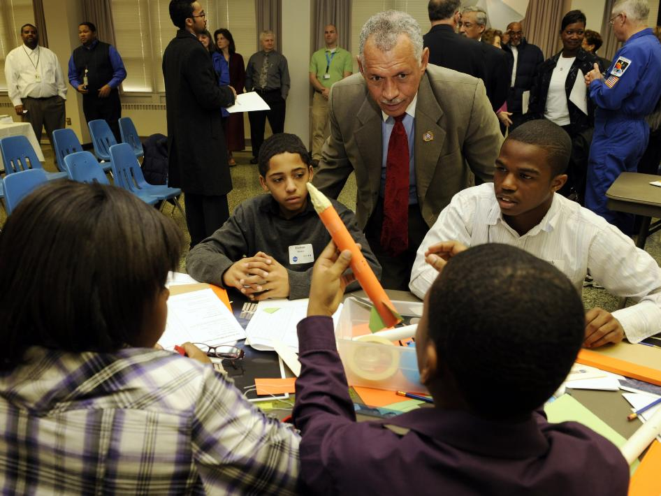 Administrator Bolden with students in Richmond, VA