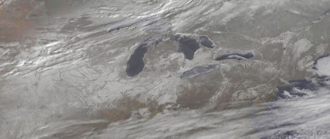 satellite image of snow in Great Lakes area
