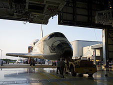 Discovery goes into hangar