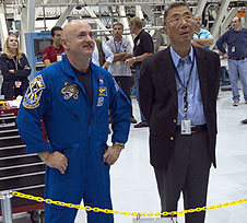 Astronaut Mark Kelly and Prof. Sam Ting