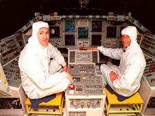 STS-101 Commander James Halsell (left) and