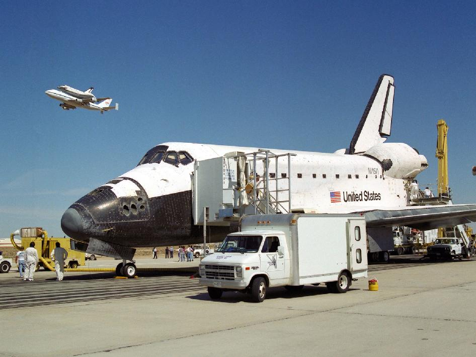 space shuttle after landing - photo #11