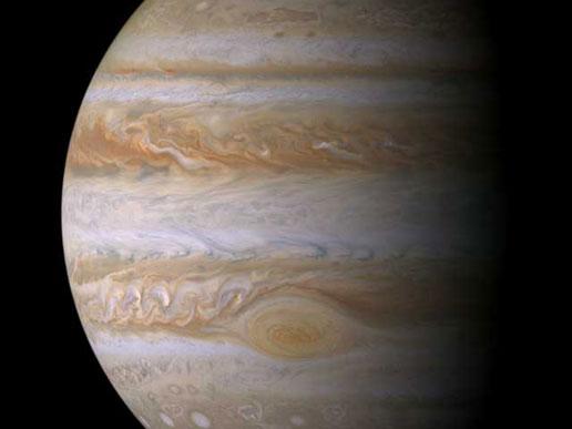 NASA - Jupiter Gets A Close-Up