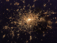 ISS006-E-22939 -- London at night