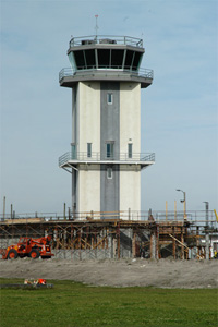 The new air traffic control tower at NASA-KSC stands about 100 feet above the Shuttle Landing Facility.