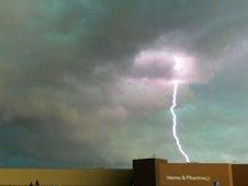 Lightning strike during tornado super outbreak of April 2011