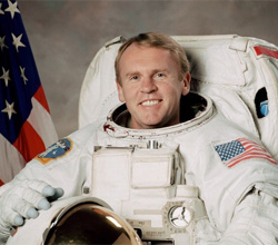 Astronaut Andrew S. W. Thomas, mission specialist