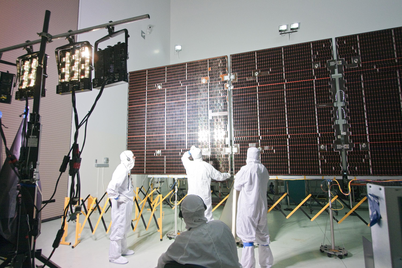 Nasa Juno S Solar Cells Ready To Light Up Jupiter Mission