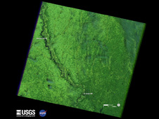 Image of the Missouri River along the Nebraska and Iowa borders captured by Landsat 5