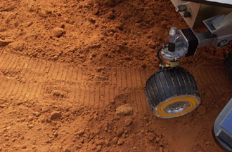Model rover makes tracks at Disney