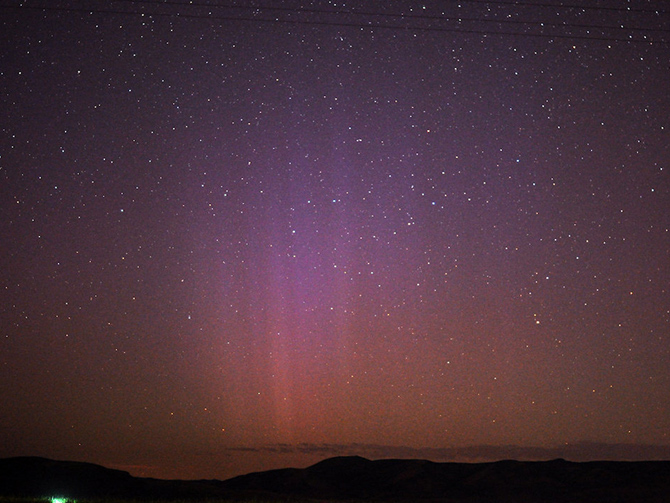 Utah aurora on August 6, 2011 resulting from the arrival of the combined CMEs blasted from the sun on August 3, 2011.