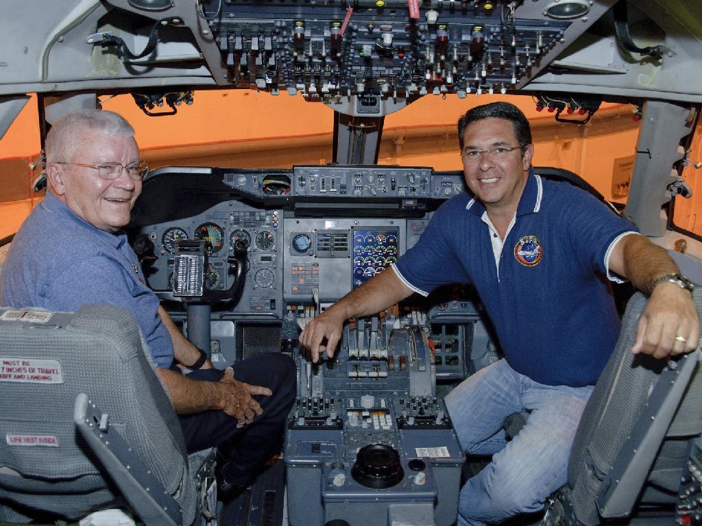 L'astronaute Fred Haise 580523main_ED11-0249-19c_1024-768