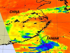 AIRS infrared image captured on Aug. 31 at 1:05 EDT, shows Nanmadol was dissipating quickly over mainland China