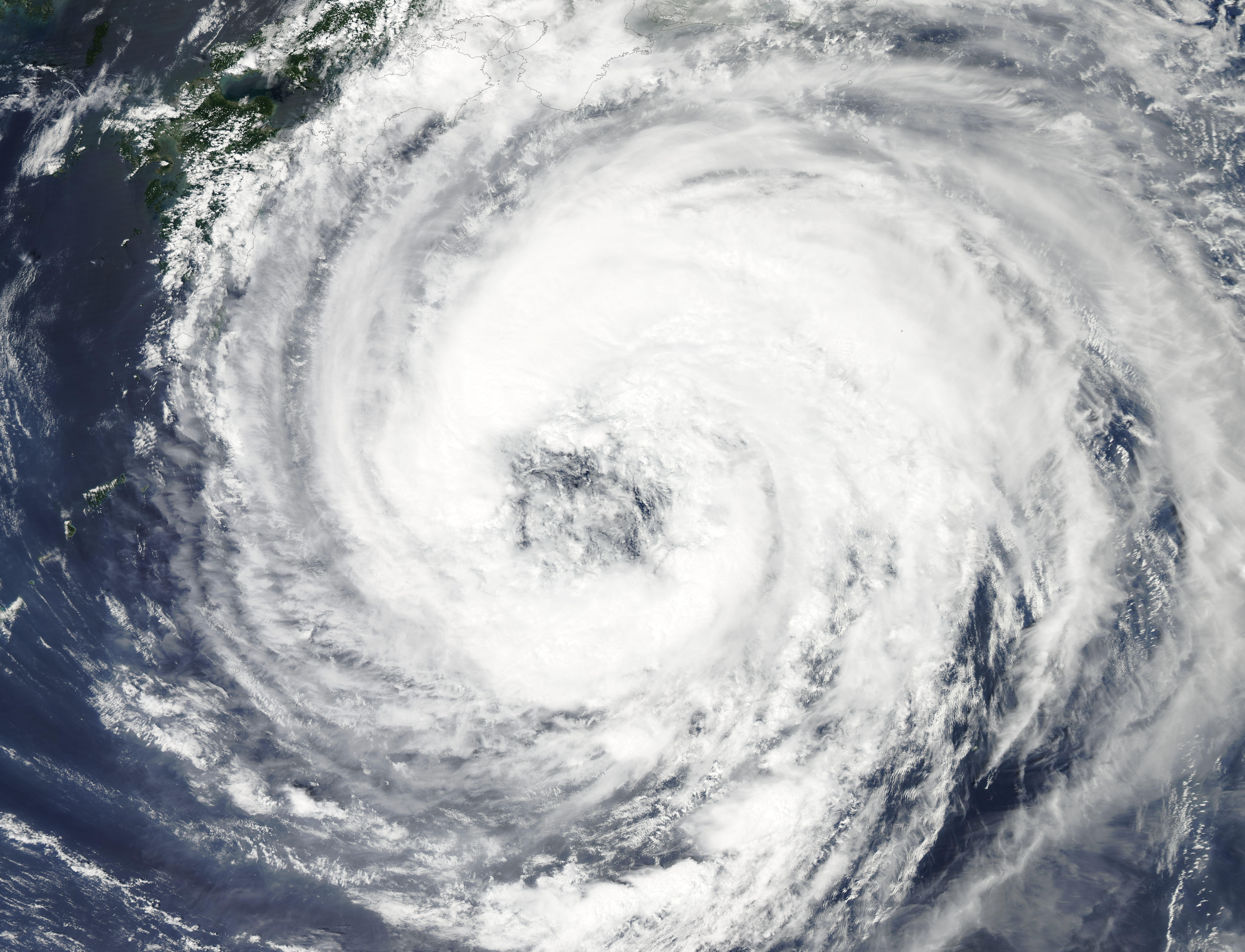 the hurricane There are no tropical cyclones in the eastern north pacific at this time the eastern north pacific hurricane season runs from may 15th through november 30th.