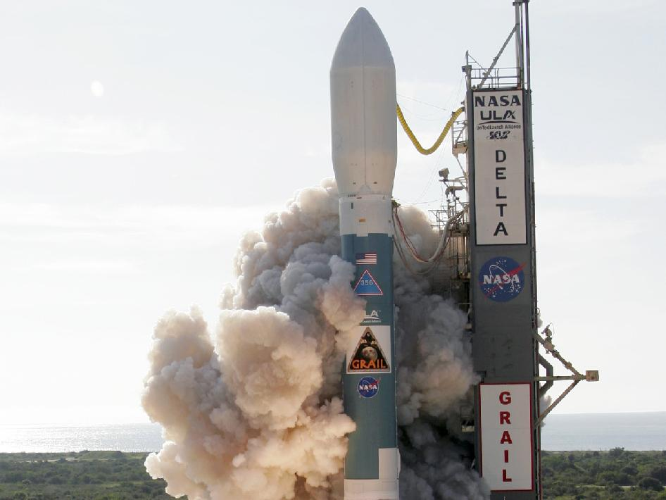 A United Launch Alliance (ULA) Delta II rocket carrying the Gravity Recovery and Interior Laboratory (GRAIL) spacecraft for NASA lifted off from Space Launch Complex