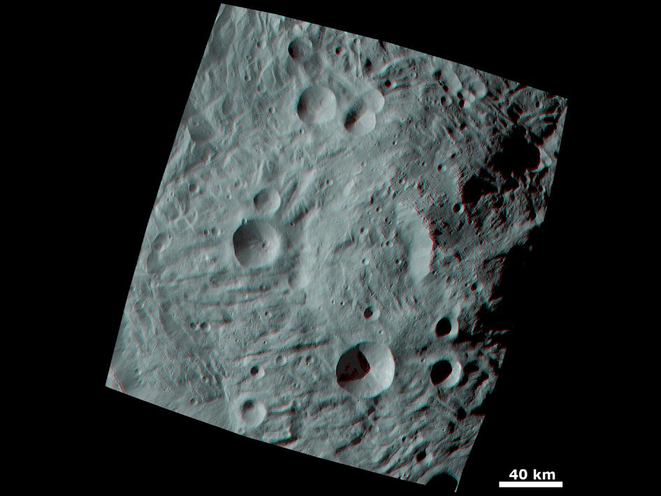 3D image of a big mountain at the Asteroid's south pole