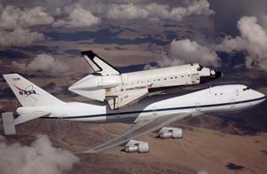 Boeing 747 ferrying Space Shuttle