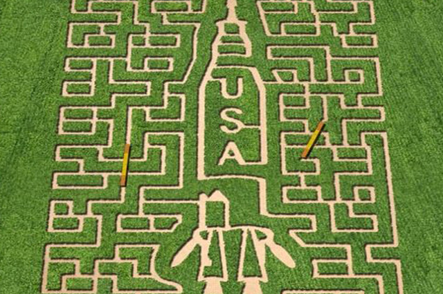NASA-themed corn maze at Belvedere Plantation in Fredericksburg, Virginia. Image courtesy The MAiZE Inc.