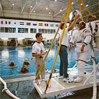 Nasa Astronauts Take A Dive