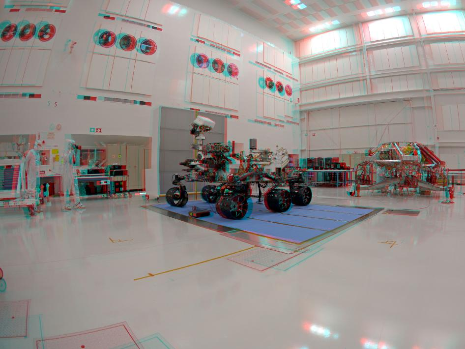 3D Anaglyph Fish-eye View of NASA's Curiosity Rover and its Rocket-Powered Descent Vehicle