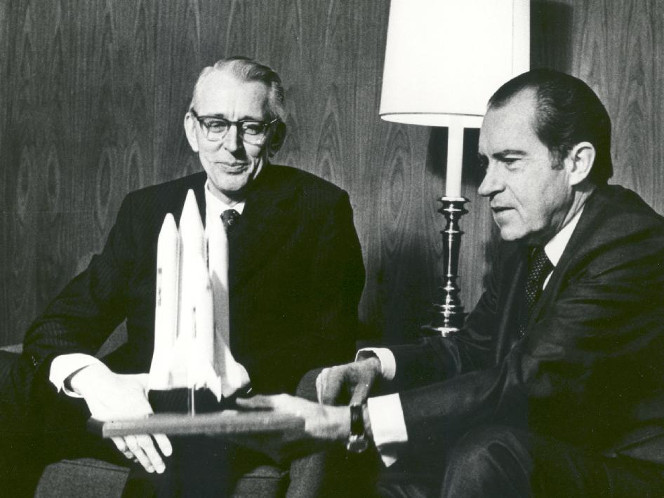 President Richard M. Nixon and Dr. James C. Fletcher, NASA Administrator