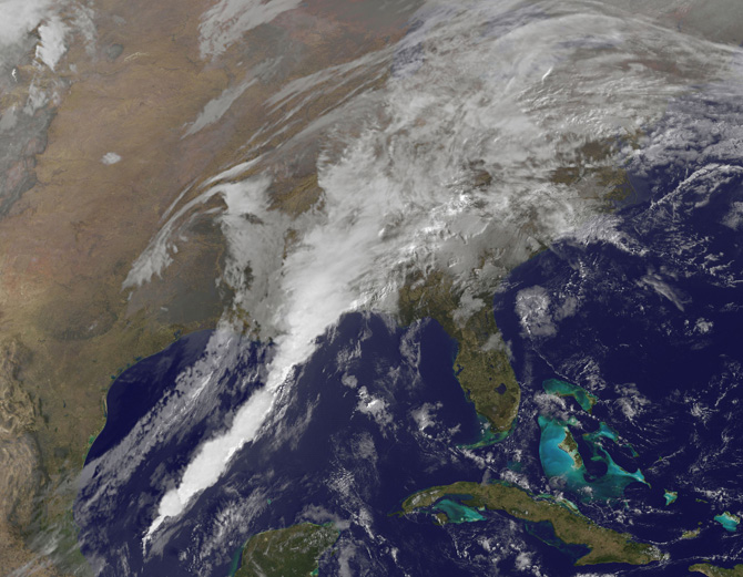 satellite image of clouds over Gulf of Mexico and U.S. East Coast