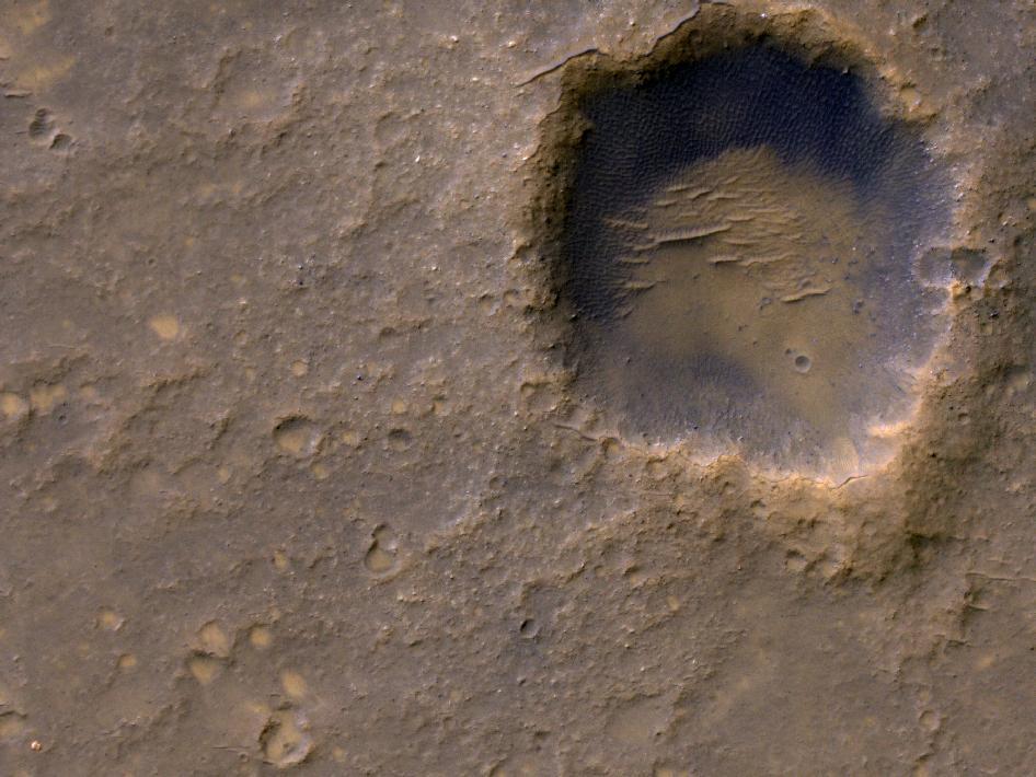 MRO (Mars Reconnaissance Orbiter) - Page 3 621706main_pia15038-43_946-710