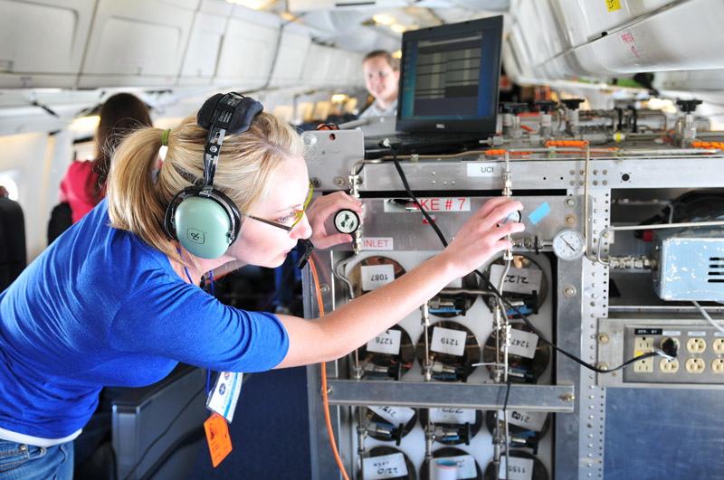 Nasa nasa science aircraft to travel the globe in 2012 for Nasa air study