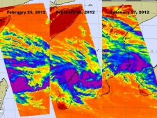 AIRS captured developing System 92S in the Indian Ocean on February 25 at 0941 UTC.