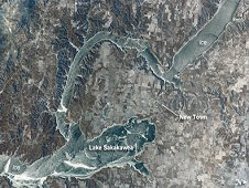 This Crew Earth Observation photo depicts winter on Lake Sakakawea, a reservoir on the Missouri River in west-central North Dakota. For a sense of scale, the arms of the lake to either side of New Town are approximately six miles apart. (NASA)