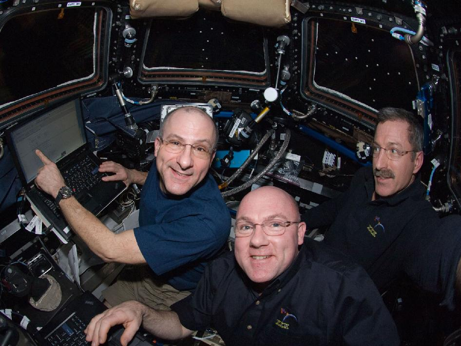 Expedition 30 in the Cupola
