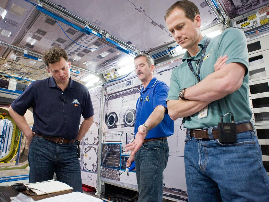 Expedition 34-35 Crew Members