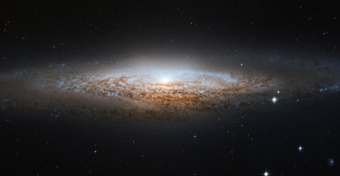 Hubble spots a spiral galaxy edge-on