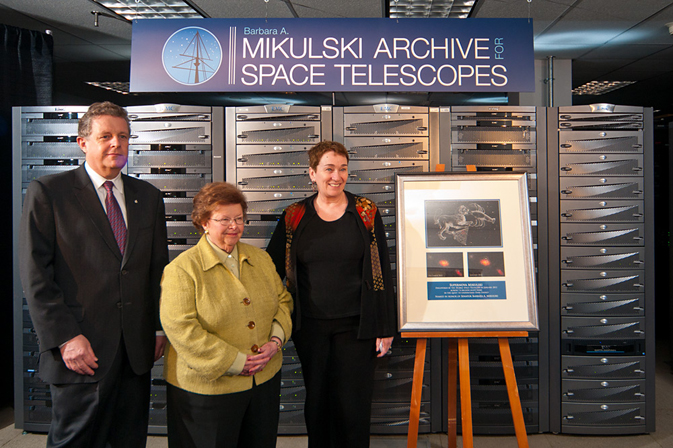 Senator Mikulski is at picture center, STScI Director Matt Mountain at her right, and STScI Deputy Director Kathryn Flanagan at her left