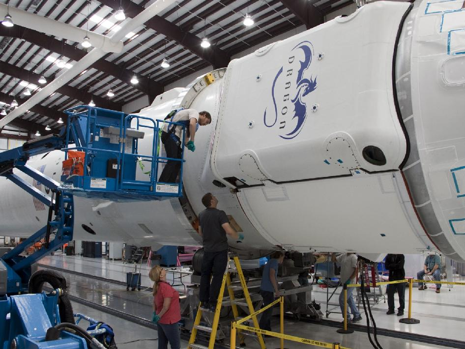 SpaceX and NASA COTS Program Prepare for May 7 Launch