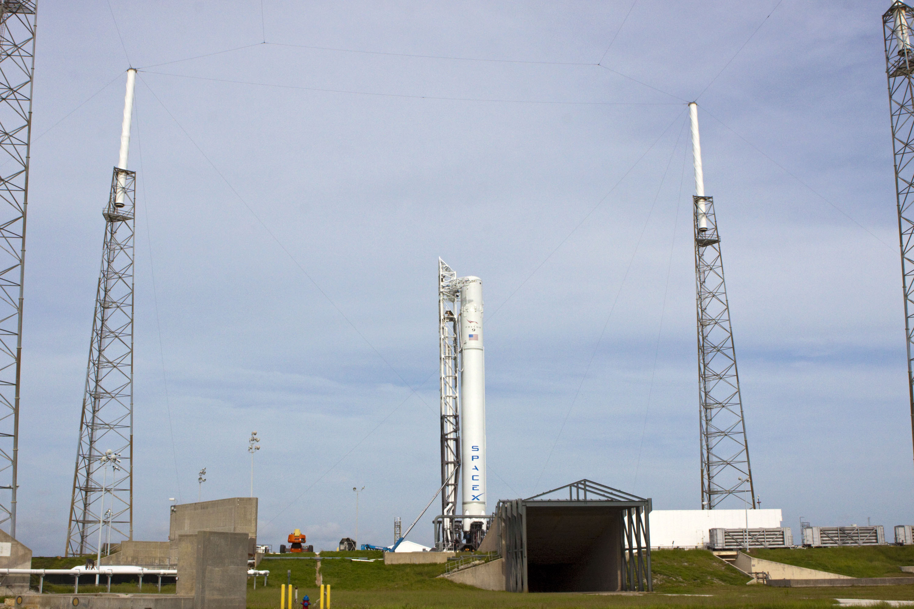 SpaceX, Falcon 9 rocket is in position for a wet dress rehearsal at Space Launch Complex 40