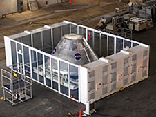 A temporary clean room concept in tests in VAB.