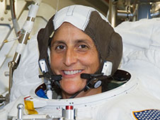jsc2011e086095 -- Suni Williams