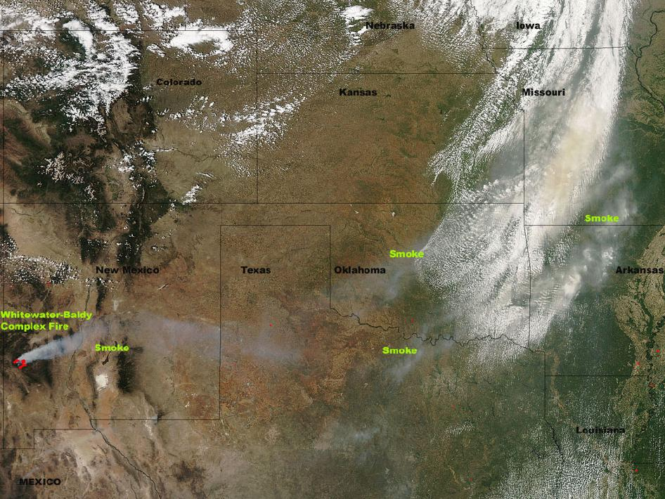 satellite image of Whitewater-Baldy Complex fires