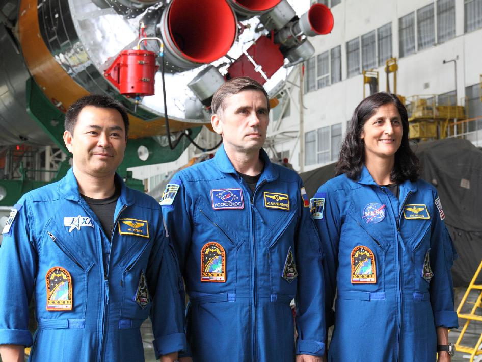Expedition 32 crew