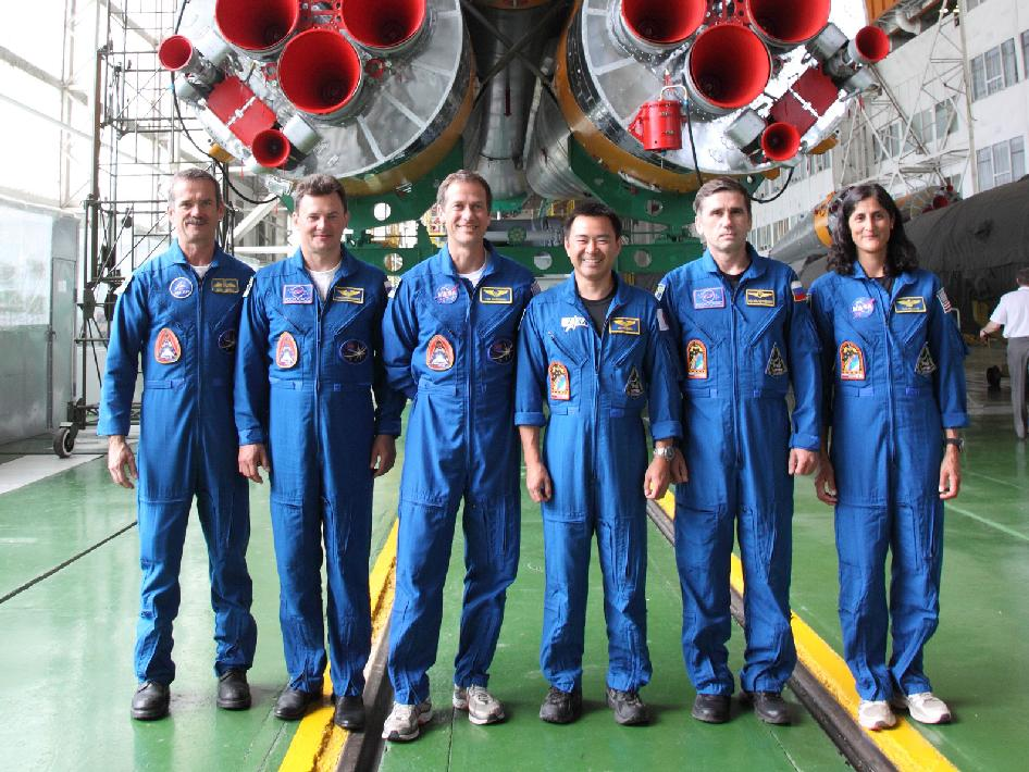 Expedition 32 Backup and Prime Crews